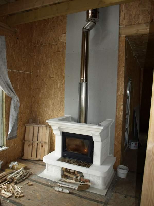 Дом из СИП панелей с дровяным камином